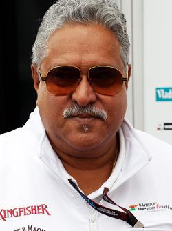Dr. Vijay Mallya, dono da equipe Sahara Force India F1