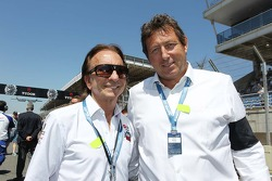 Emerson Fittipaldi com Gerard Neveu, CEO WEC no grid