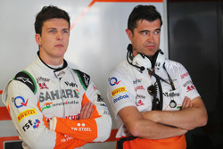 (L to R): James Calado, Sahara Force India Third Driver with Bradley Joyce, Sahara Force India F1 Race Engineer