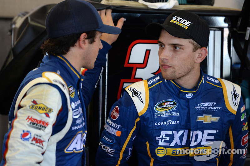 Chase Elliott en James Buescher
