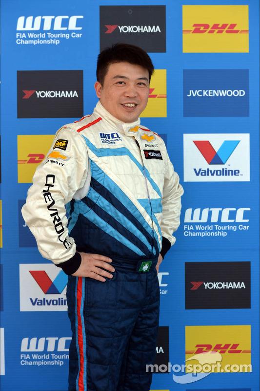 Ng Veng, Chevrolet Cruze LT, CHINA DRAGON RACING
