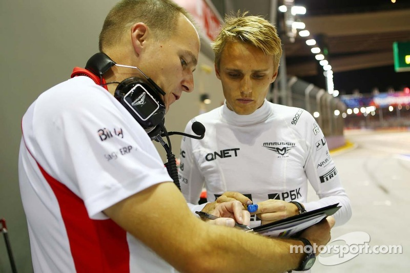 Max Chilton, Marussia F1 Team with Gary Gannon, Marussia F1 Team Race Engineer