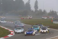 Мартин Йенсен, Ян Докерилл и Деннис Андерсен. Нюрбургринг, воскресная гонка.