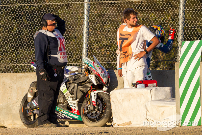 Blake Young na zijn crash in de corkscrew