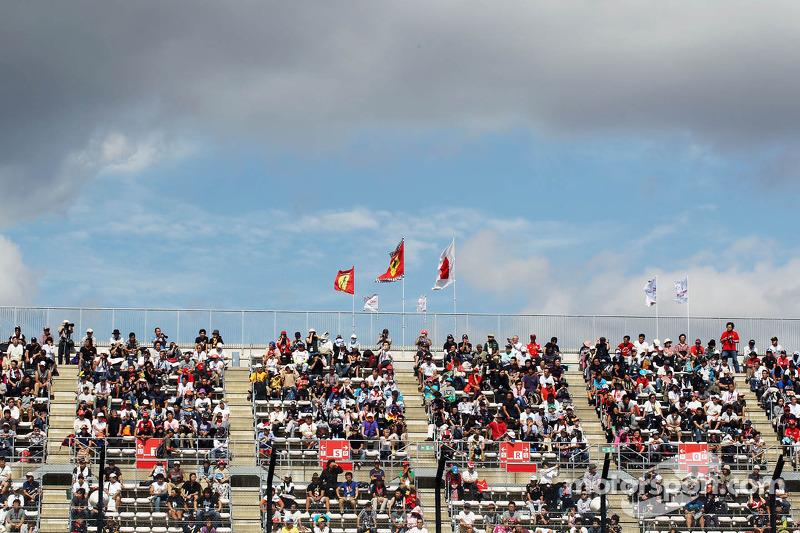 Fans and Ferrari flags