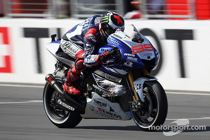 2013: Jorge Lorenzo (Yamaha) at 1:27.899