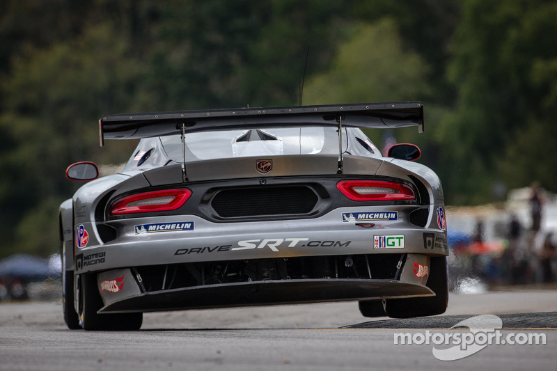#91 SRT Motorsports SRT Viper GTS-R: Dominik Farnbacher, Marc Goossens, Ryan Dalziel