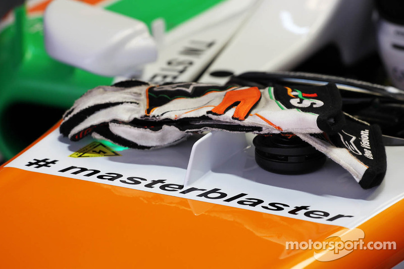 Adrian Sutil, Sahara Force India VJM06 carrying the hashtag # masterblaster as a tribute to the legendary crickerter Sachin Tendulkar, who has recently announced his retirement from all forms of cricket