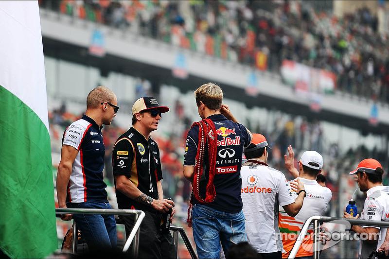 (L to R): Valtteri Bottas, Williams, Kimi Raikkonen, Lotus F1 Team and Sebastian Vettel, Red Bull Ra