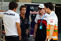 (L to R): Daniel Juncadella, Mercedes DTM Driver with Antonio Felix da Costa, Red Bull Racing Test Driver; Conor Daly, Sahara Force India Third Driver