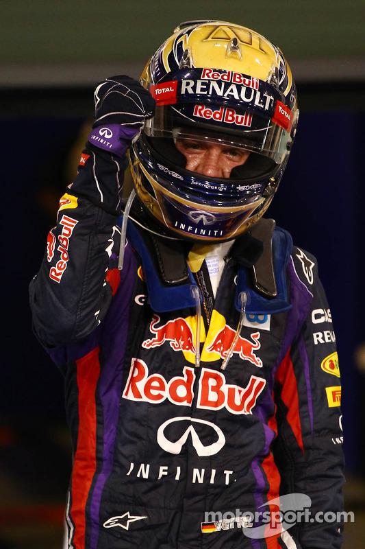 Racewinnaar Sebastian Vettel, Red Bull Racing viert het resultaat in parc ferme