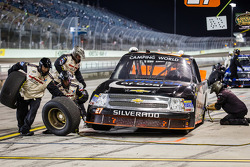 Pit stop for Jeff Agnew