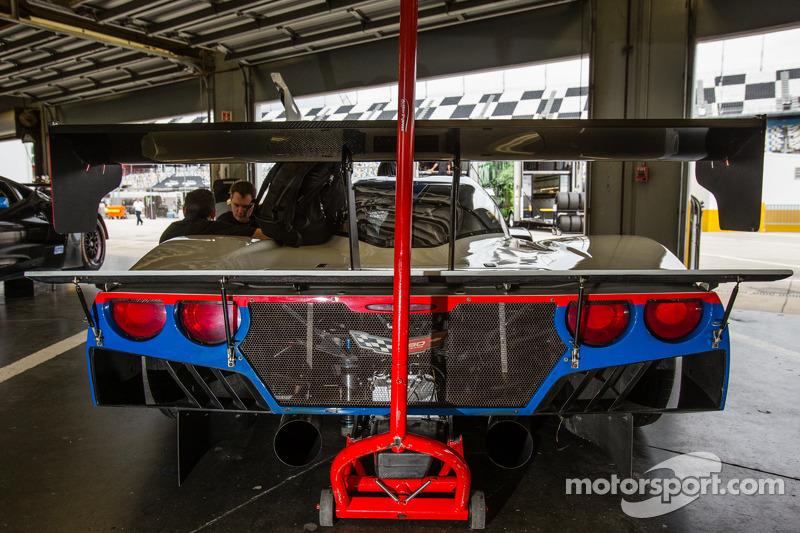 #9 Action Express Racing Corvette DP in de pits