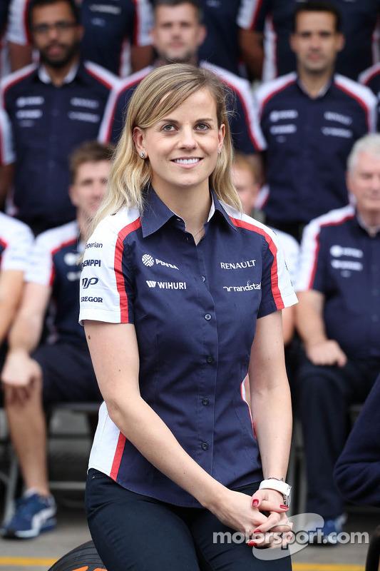 Susie Wolff, Williams piloto de desenvolvimento em um foto da equipe