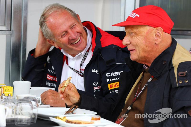 (L naar R): Dr Helmut Marko, Red Bull Motorsport Consultant met Niki Lauda, Mercedes Non-Executive Chairman