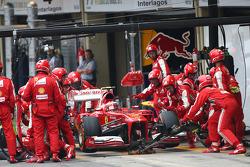 Felipe Massa, Ferrari F138 pitstop