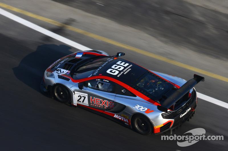 #27 Hexis Racing McLaren MP4-12C: Rob Bell, Kevin Estre
