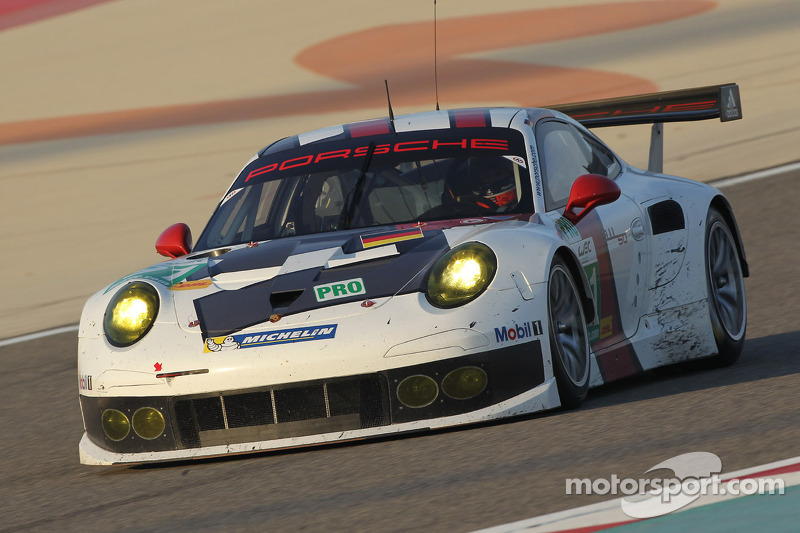 #91 Porsche AG Team Manthey Porsche 911 RSR: Jörg Bergmeister, Patrick Pilet
