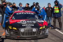 Gearbox trouble for #08 GMG Racing 1 Audi R8-LMS: Michael McGrath, Drew Regitz, Alexandra Sabados, James Sofronas, Alex Welch