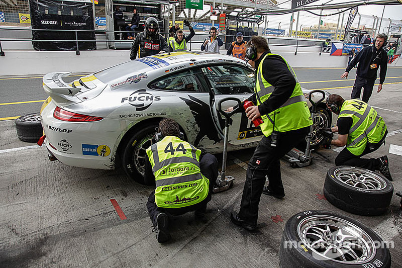 #44 MRS GT-Racing 保时捷 911 GT3 Cup伊利亚·梅尔尼科夫