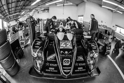 Seat fitting at OAK Racing: Oliver Webb and Olivier Pla