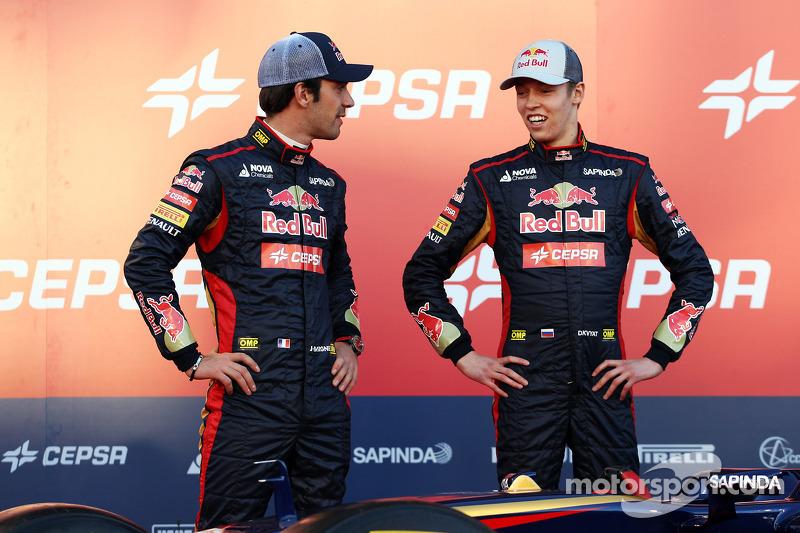 (L to R): Jean-Eric Vergne, Scuderia Toro Rosso with team mate Daniil Kvyat, Scuderia Toro Rosso at