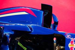 Scuderia Toro Rosso STR9, dettaglio fiancata