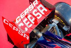 Scuderia Toro Rosso STR9, dettaglio ala posteriore