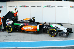 Nico Hulkenberg y Sergio Pérez revelan el Sahara Force India F1 VJM07