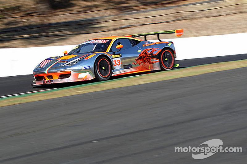 #33 Clearwater Racing 法拉利 F458 Italia GT3: 克里格·巴特, 马特·格里芬 , Hiroshi Hamagauchi