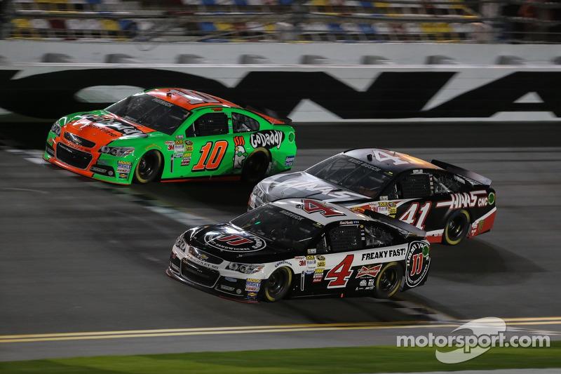 Stewart-Haas Racing le auto di Danica Patrick, Stewart-Haas Racing Chevrolet, Kurt Busch, Stewart-Haas Racing Chevrolet e Kevin Harvick, Stewart-Haas Racing Chevrolet