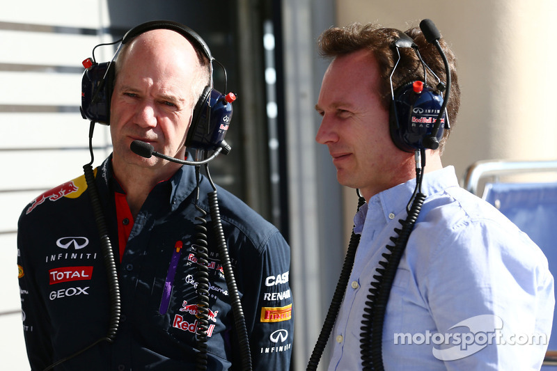 (L to R): Adrian Newey, Red Bull Racing Chief Technical Officer with Christian Horner, Red Bull Raci