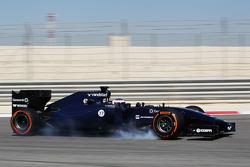 Valtteri Bottas, Williams FW36 trava pneu