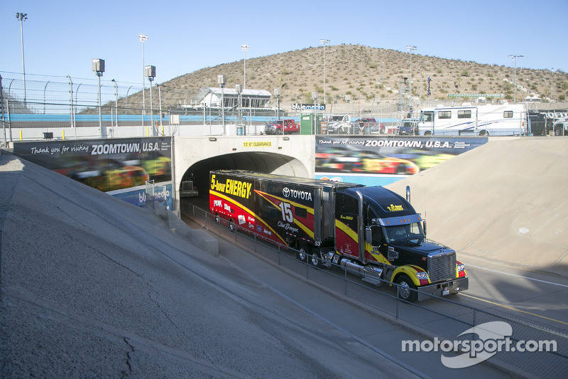 Hauler di Clint Bowyer