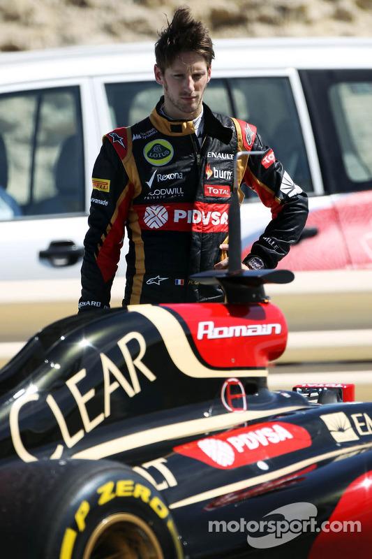 Romain Grosjean, Lotus F1 E22 para no circuito