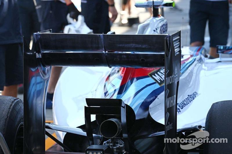Valtteri Bottas, Williams FW36 alettone posteriore