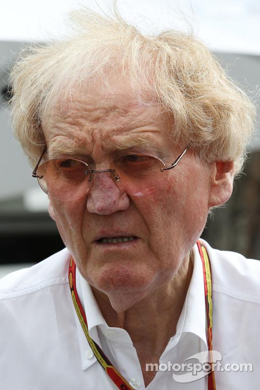 Ron Walker, comandante da corporação do GP da Austrália