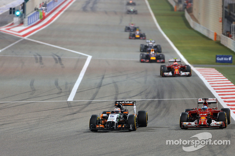 Nico Hülkenberg, Sahara Force India F1 VJM07; Fernando Alonso, Ferrari F14-T