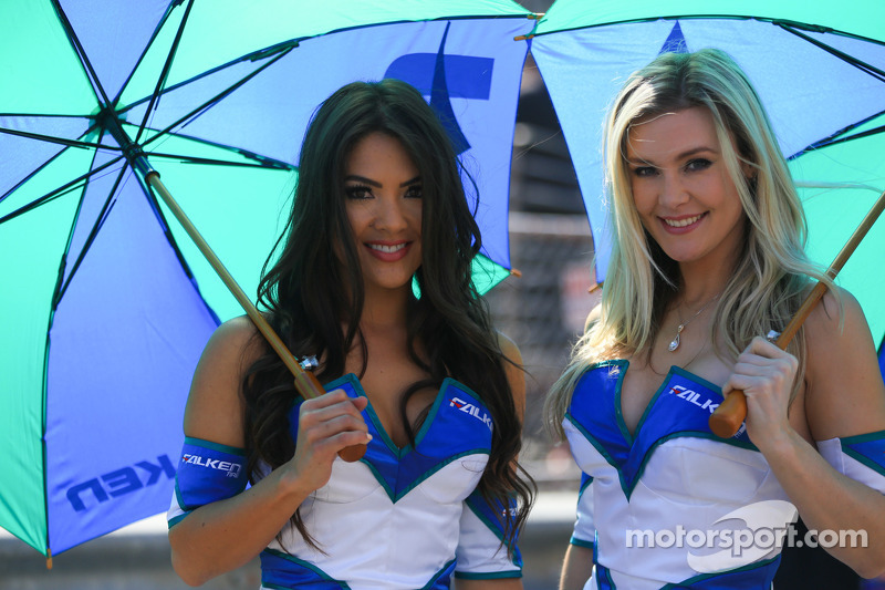 Falken Tire girls