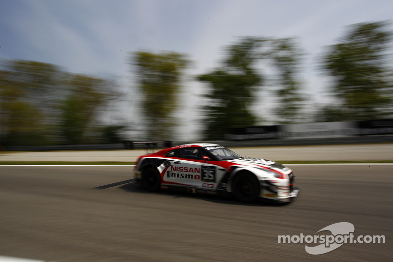 #35 日产 GT学院车队 RJN 日产 GT-R Nismo GT3: 马克·舒尔茨斯基, 米盖尔·法伊斯卡, 千代胜正