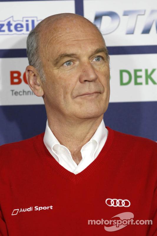 Dr. Wolfgang Ullrich,