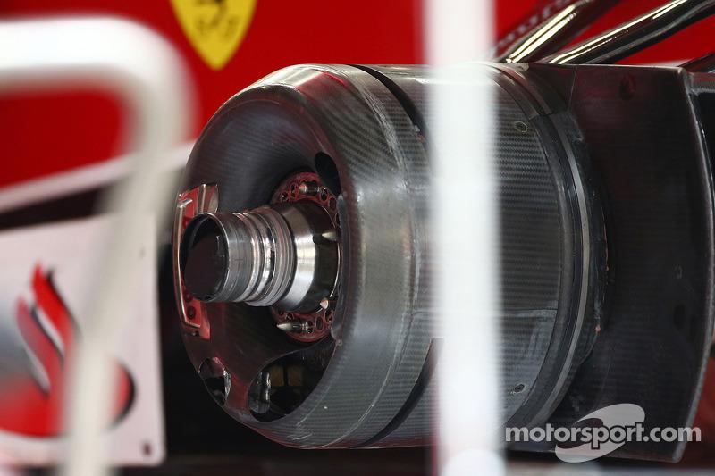 Ferrari F14-T wheel hub detail