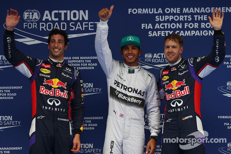 Pole per Lewis Hamilton, Mercedes AMG F1, secondo posto Daniel Ricciardo, Red Bull Racing RB10 e terzo posto per Sebastian Vettel, Red Bull Racing