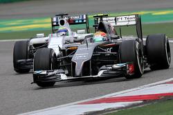 Esteban Gutierrez, Sauber F1 Team and Felipe Massa, Williams F1 Team