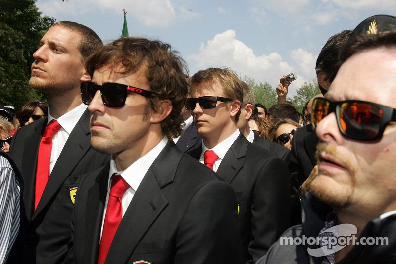 Tamburello virajında anma töreni, Fernando Alonso ve Kimi Raikkonen