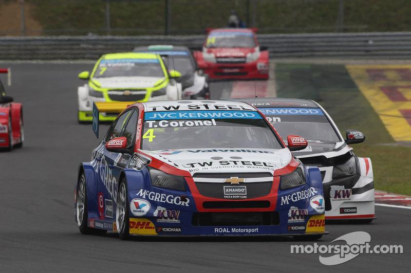 Tom Coronel, Chevrolet Cruze RML TC1, Roal Motorsport e Tom Chilton, Chevrolet Cruze RML TC1, ROAL M