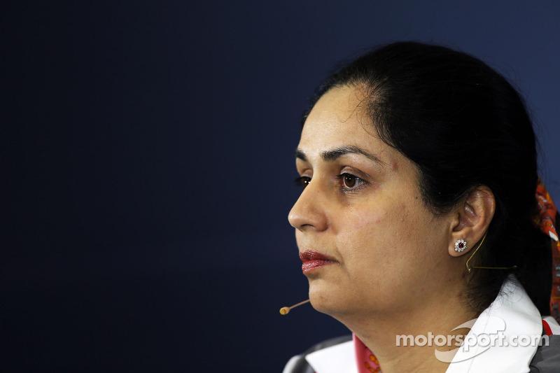Monisha Kaltenborn, director del equipo Sauber en la conferencia de prensa de la FIA.