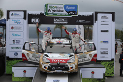Podium: Kris Meeke and Paul Nagle, Citroën DS3 WRC, Citroën Total Abu Dhabi World Rally Team