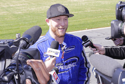 Cole Swindell ridealong with Ryan Blaney
