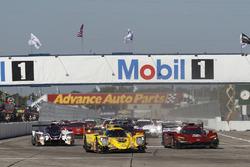 Фил Хэнсон, Алекс Брандл, Пол ди Реста, United Autosports, Ligier LMP2 (№32), Симон Труммер, Роберт Алон, Нельсон Панчатичи, JDC/Miller Motorsports, ORECA 07 (№85), Джонатан Бомарито, Спенсер Пигот, Харри Тинкнелл, Mazda Team Joest, Mazda DPi (№55)